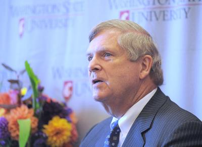 Agriculture secretary visits