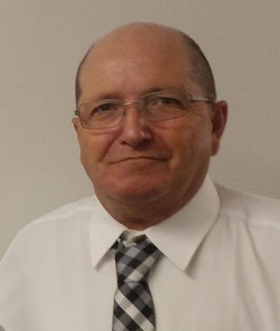 Mark  Tuckett