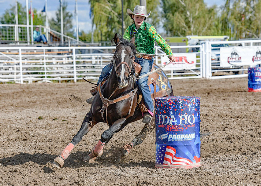 High school fall rodeo held in Rigby