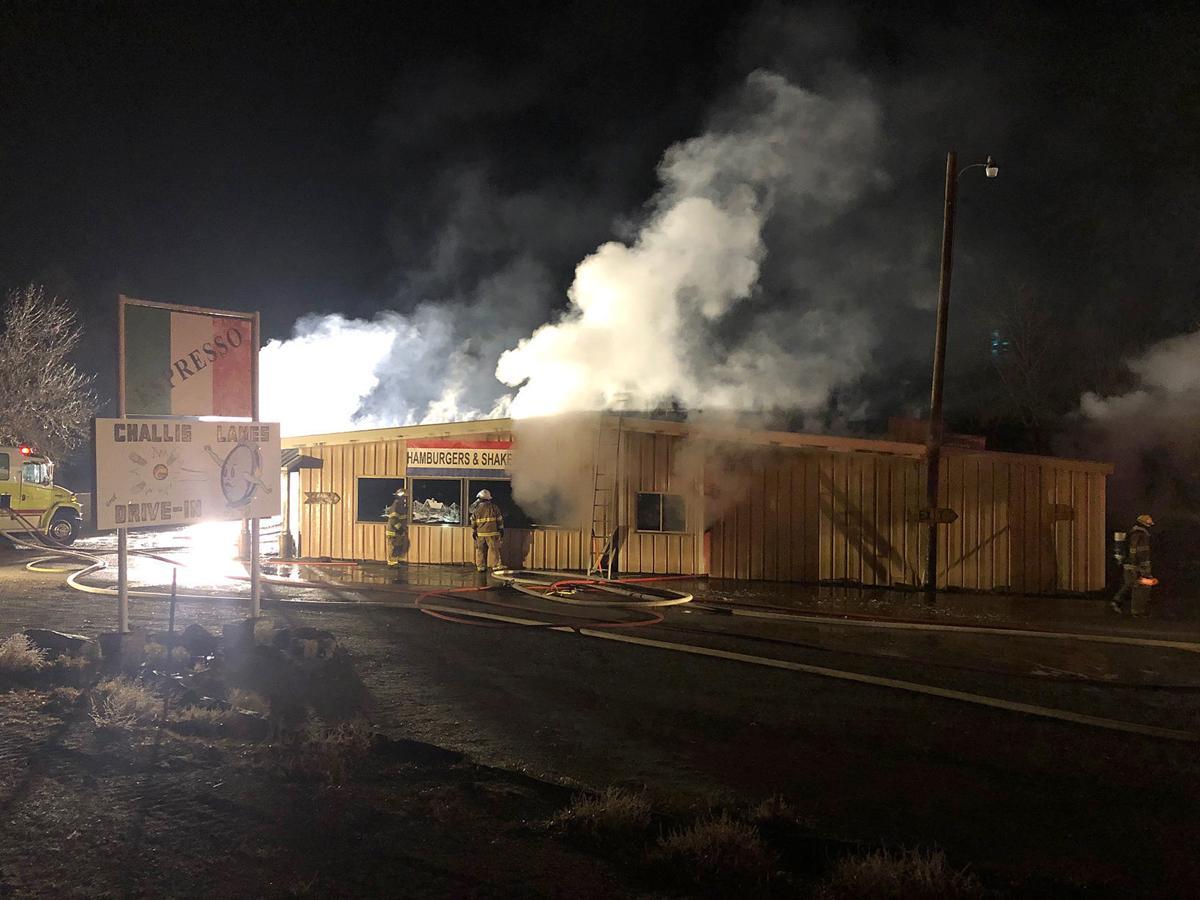 challis lanes fire 12.4.jpg
