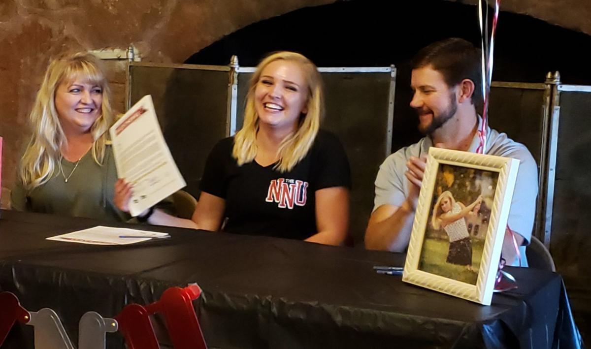 Hillcrest golfer Hailey Potter signs with Northwest Nazarene