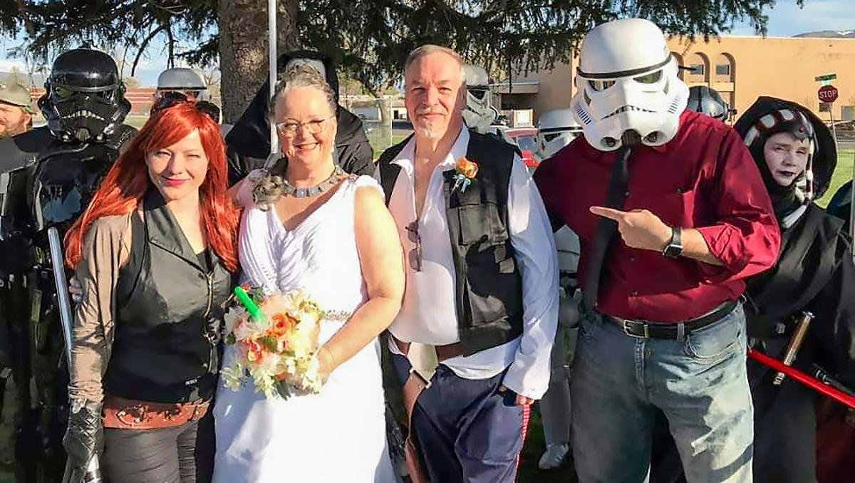 Carrie and Allen Gresick Star Wars wedding