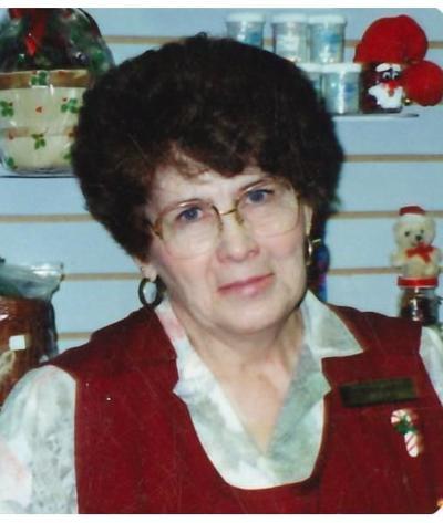 Veda  Leavitt