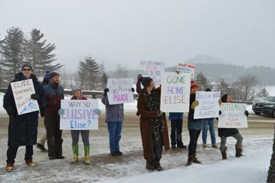 Stefanik protesters
