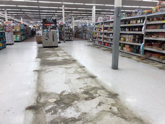 Empty store section