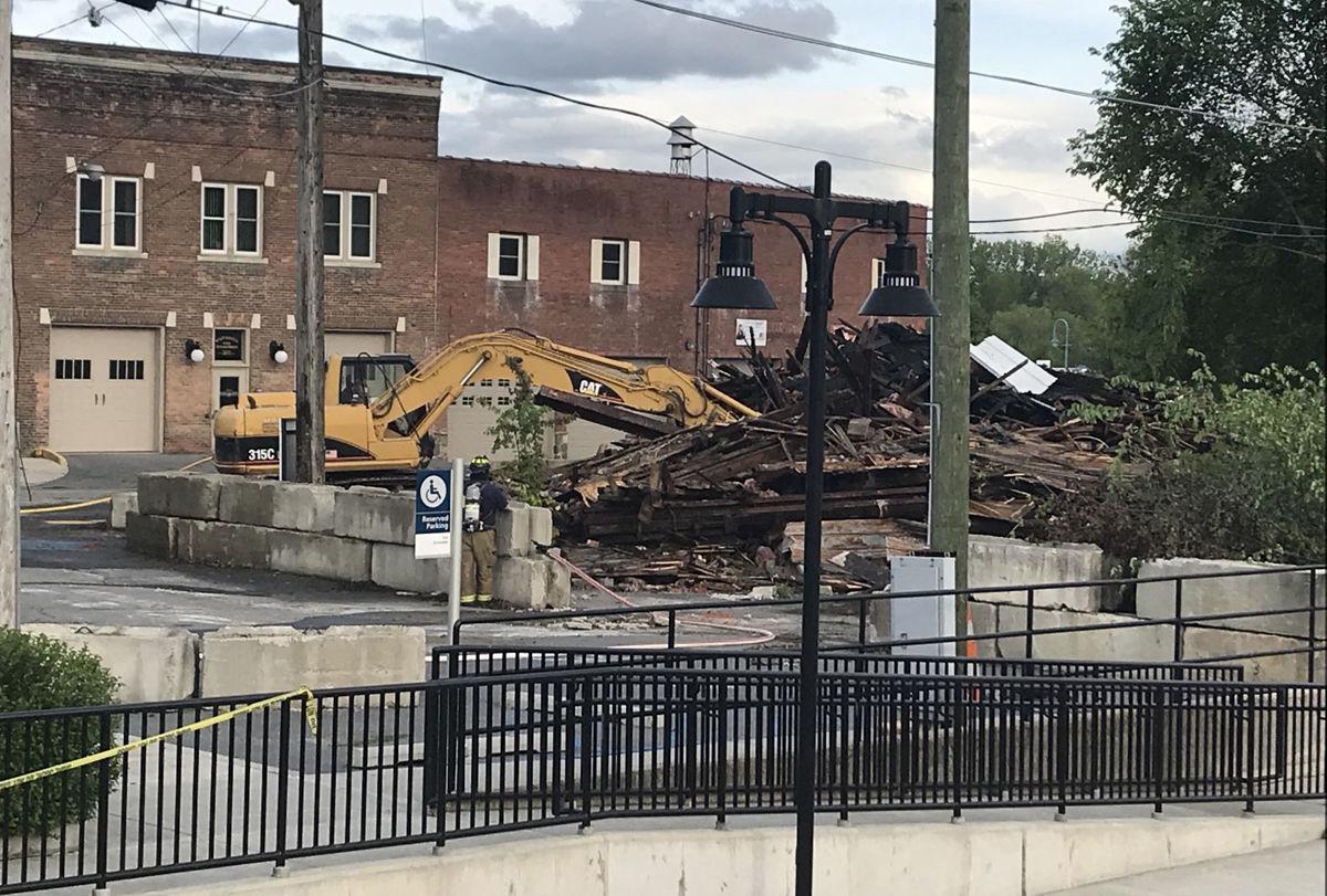 Flatiron building demolition