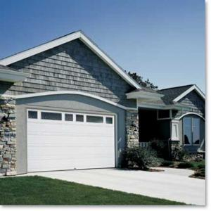 Raynor Innovations Series™ Steel Garage Doors