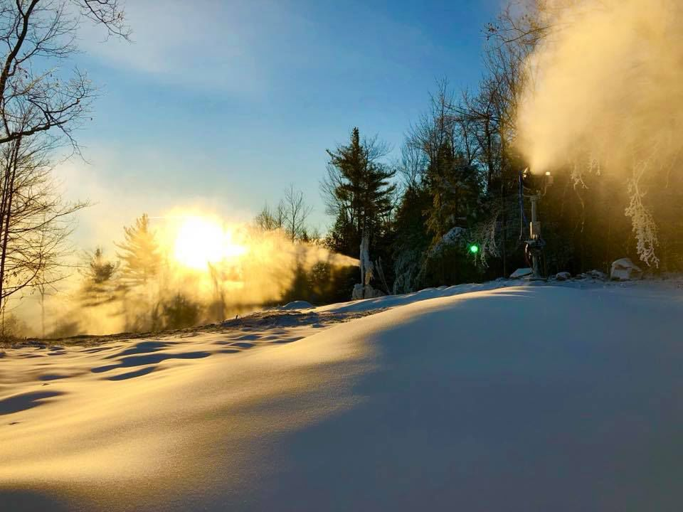 Snowmaking on The Cure