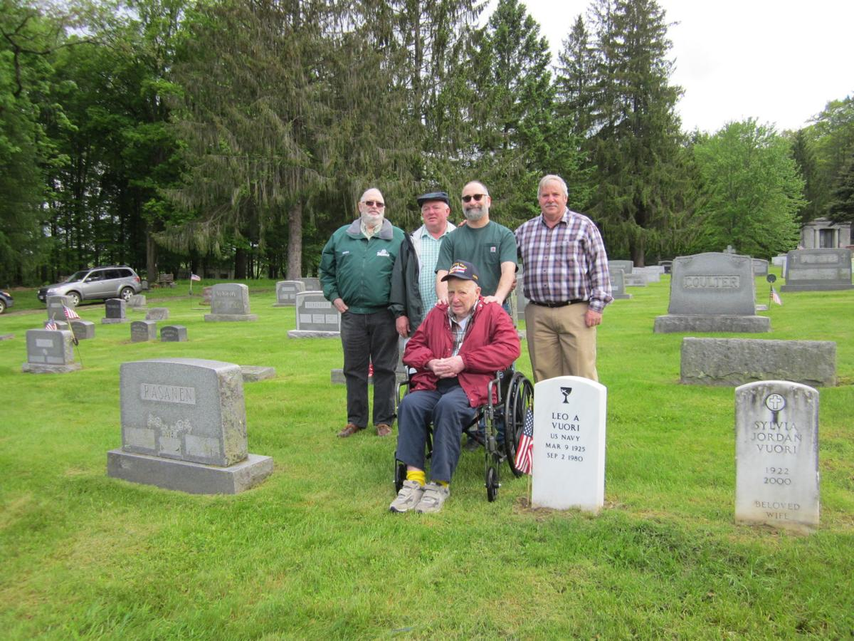 Classmate steps up to recognize veteran
