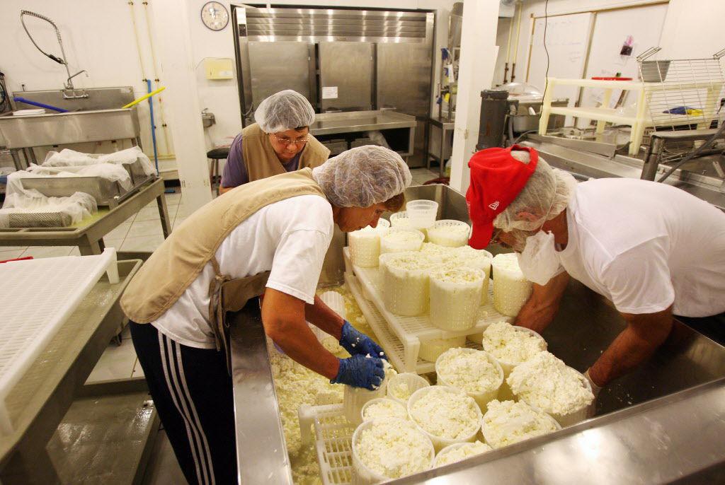 Afbeeldingsresultaat voor cheese farmer