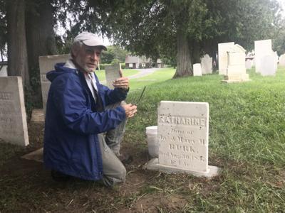 HOMETOWN COLUMN: Burying ground has good spirits in Salem