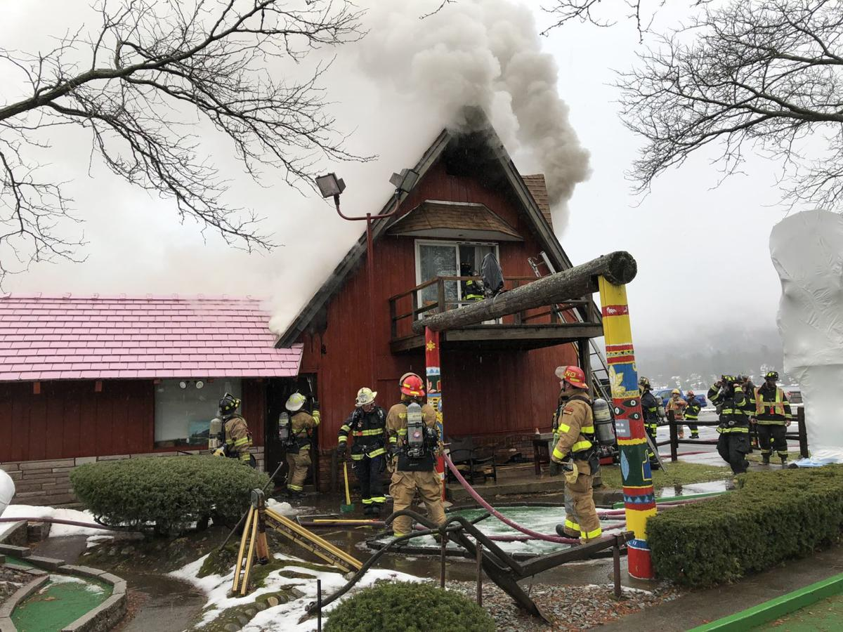 Pink Roof Ice Cream Building Damaged By Fire In Lake