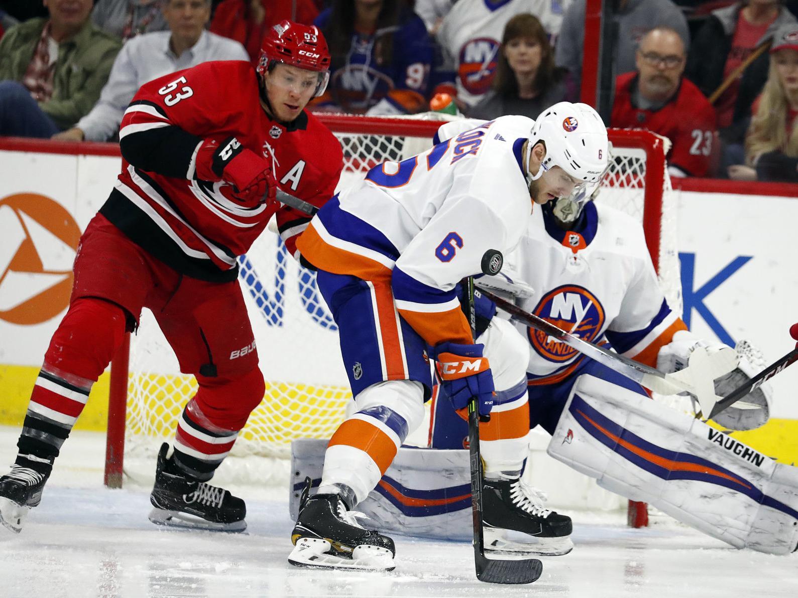 a4652820485 Greiss stops 44 shots, Islanders beat Hurricanes 3-0 | | poststar.com