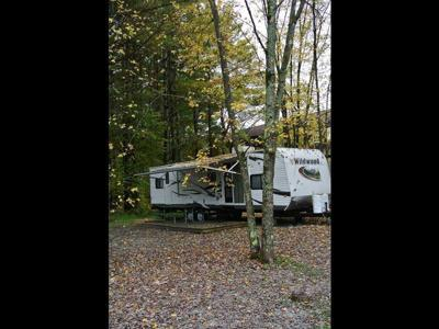 Lake George Escape Campground - Picture 11 (Fall).jpg