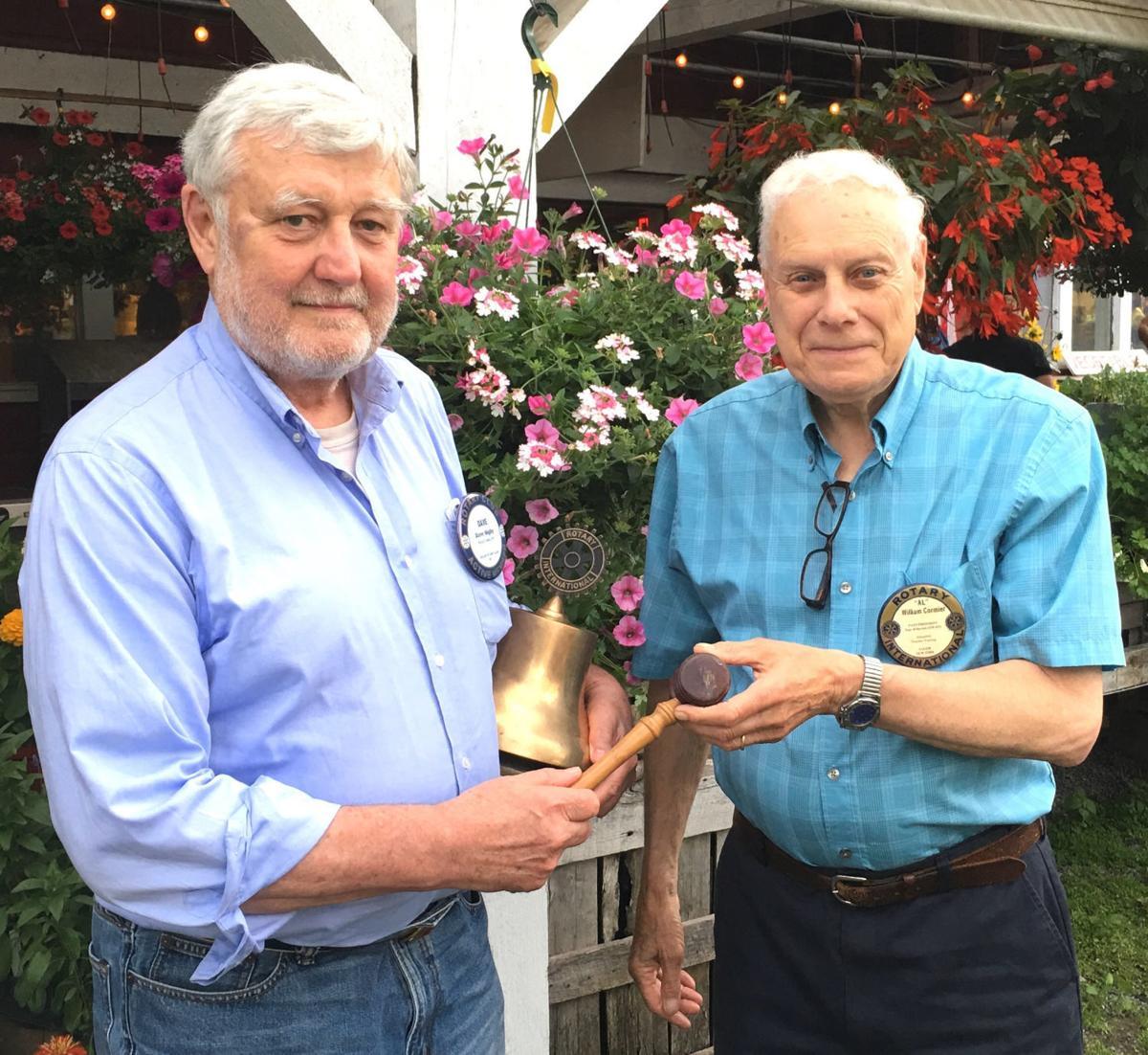Salem Rotary installs new president