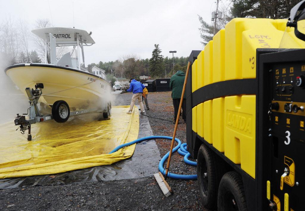 Boat washing