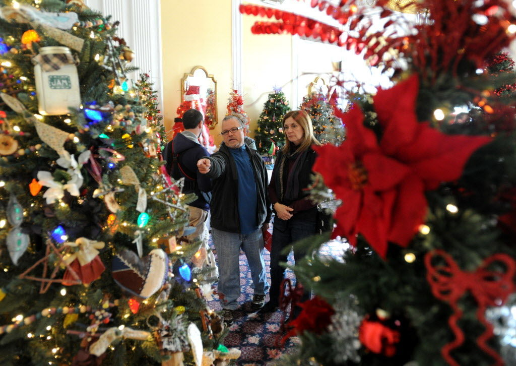 Dynamic December: Holiday events fill the calendar | Lifestyles ...