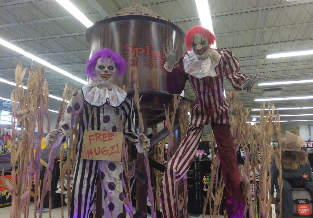 Spirit Halloween Clown Costumes Kids.Spirit Halloween Opens At Old Toys R Us Store Local