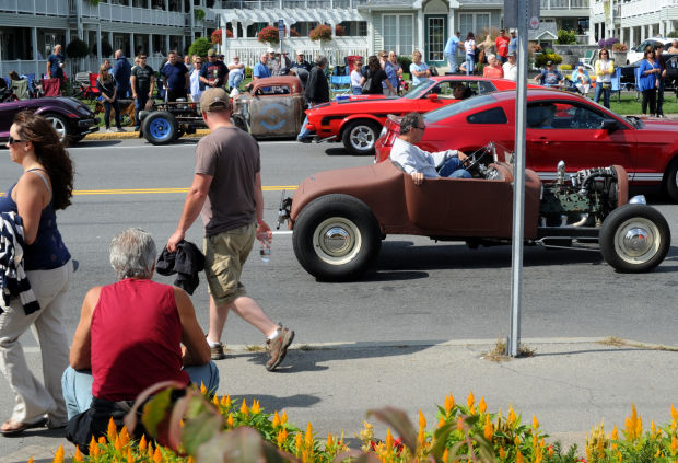 History Show Star The Count Takes Notice At Th Annual Adirondack - The count car show