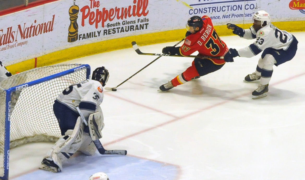 ECHL: Railers Top Thunder As They Continue Climb Toward Playoffs