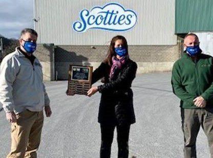 Tri-County United Way gives awards
