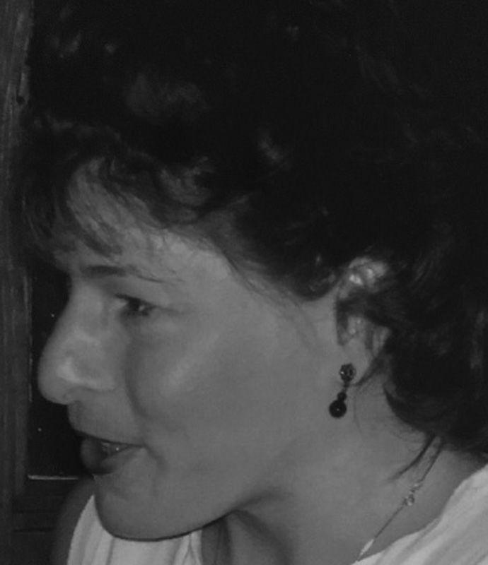 Veronica Lynn Russell