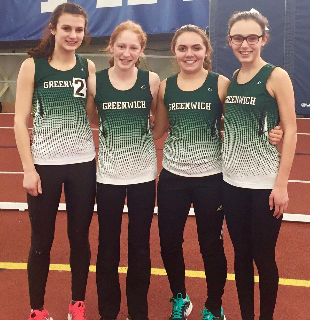 Greenwich 3200 indoor relay team
