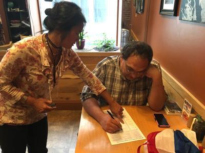 Bravos: Local group registers voters