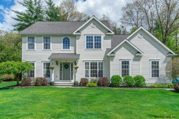 4 Bedroom Home in Wilton - $559,900