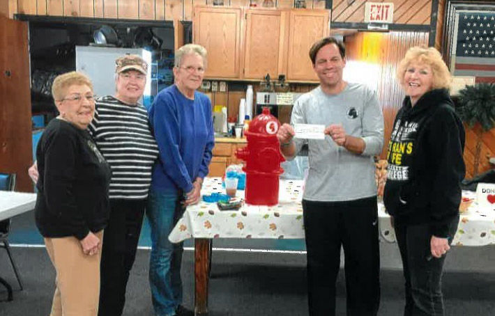 Legion auxiliary donates to Woofs for Warriors