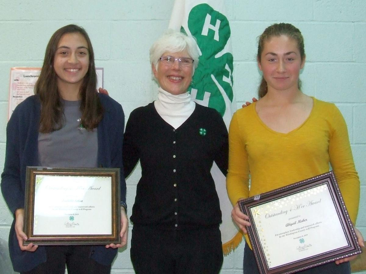 Outstanding 4-Hers recognized by CCE