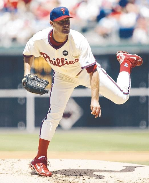 Old GloryMoyer picks up 250th win as Phillies sweep