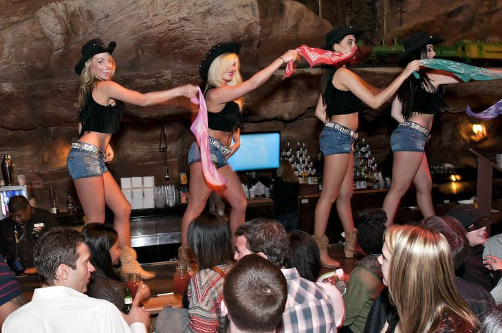 5 Things You Need To Know About Mountain Bar At Bally S