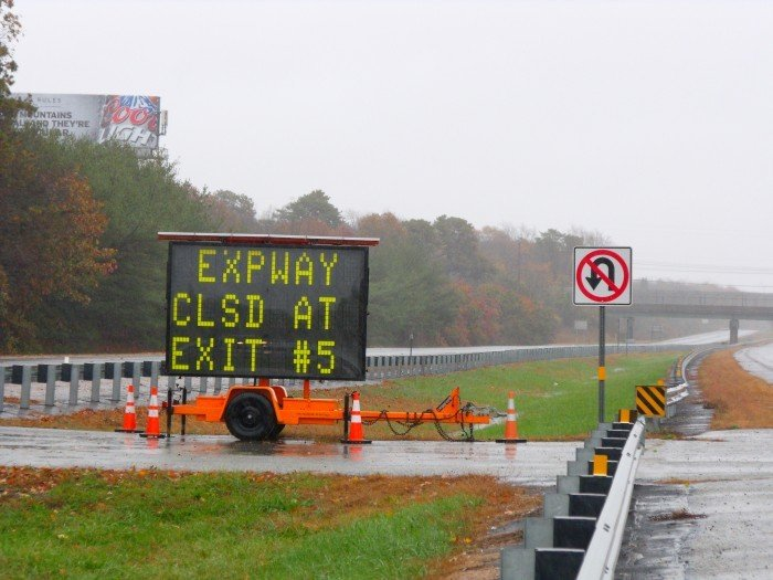 Expressway sign