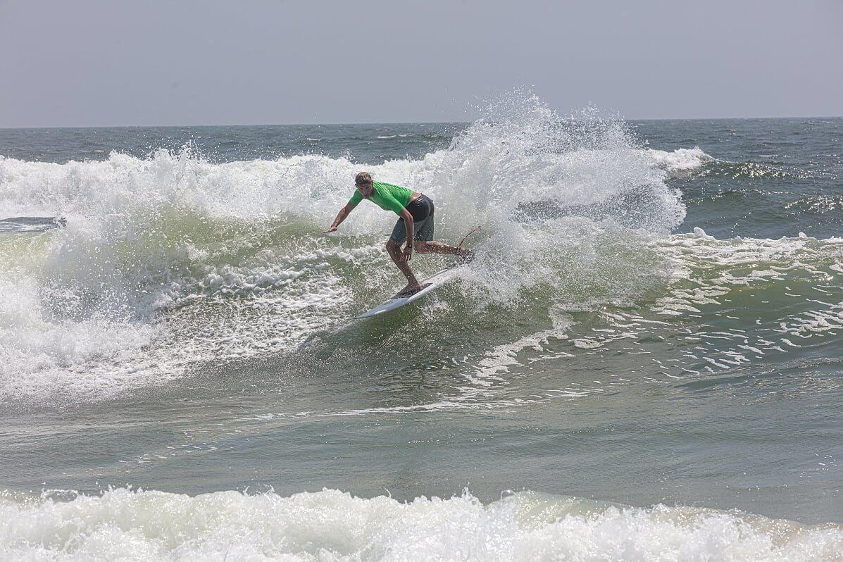 081519_bri_surfjam Pat McCarron Backside Snap