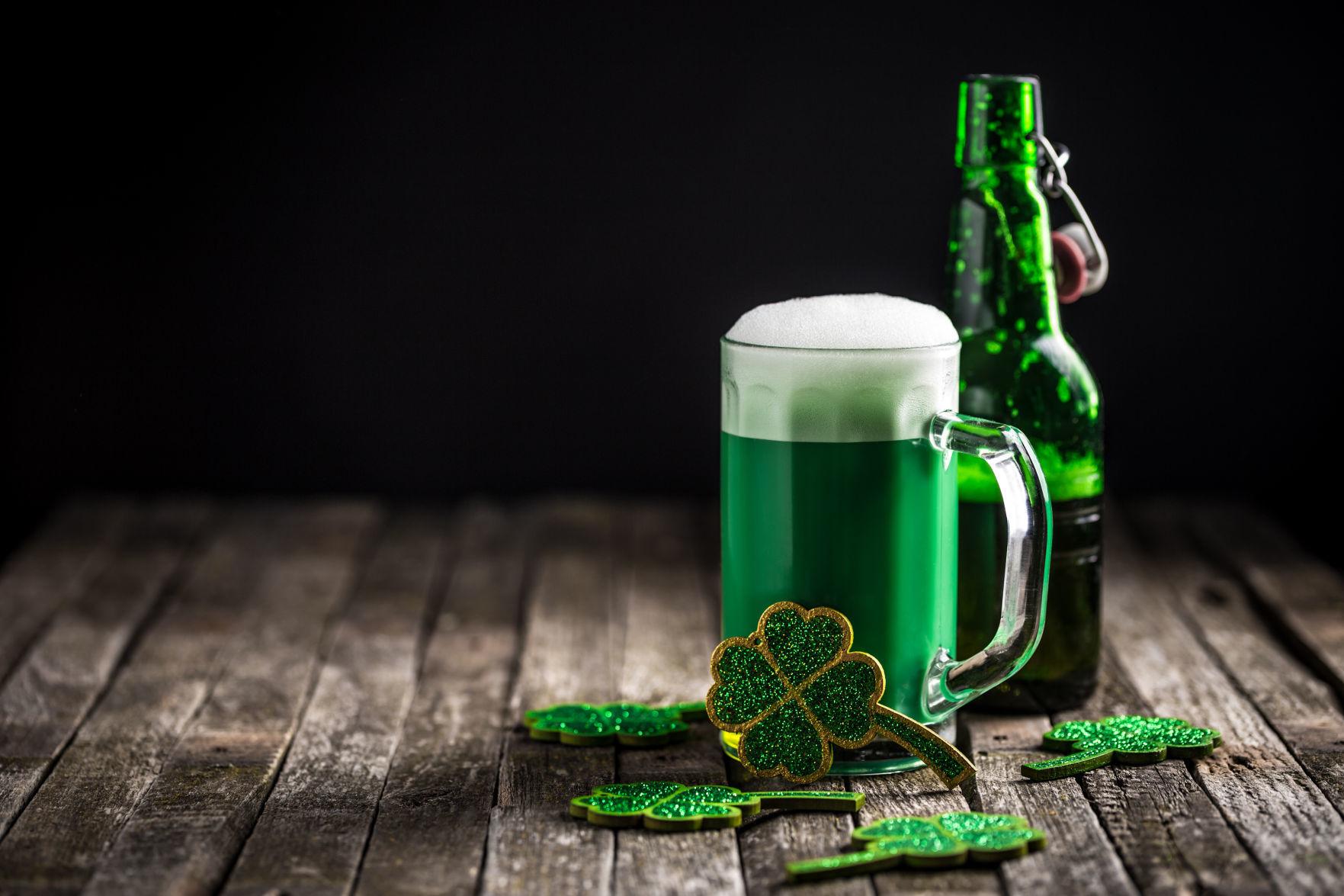 Irish Breakfast Beer Pint Glass Clover St Patricks Day Drink Long Sleeve Thermal