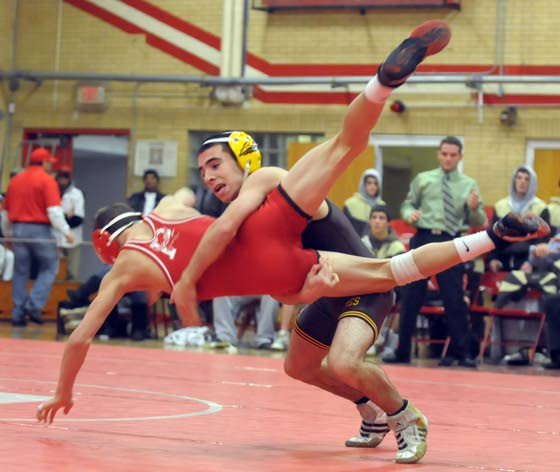 Paulsboro honors Absegami coach Barber, then beats Braves in wrestling match