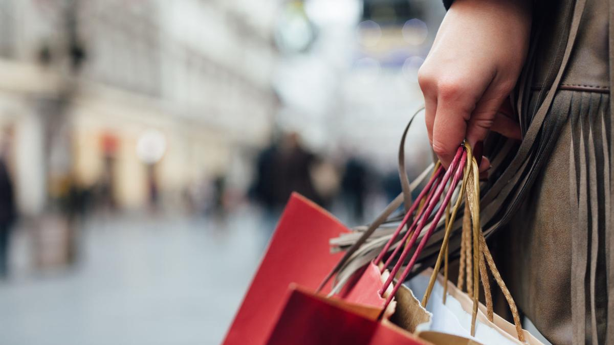 Say 'hello' to the holiday shopping season with good buys