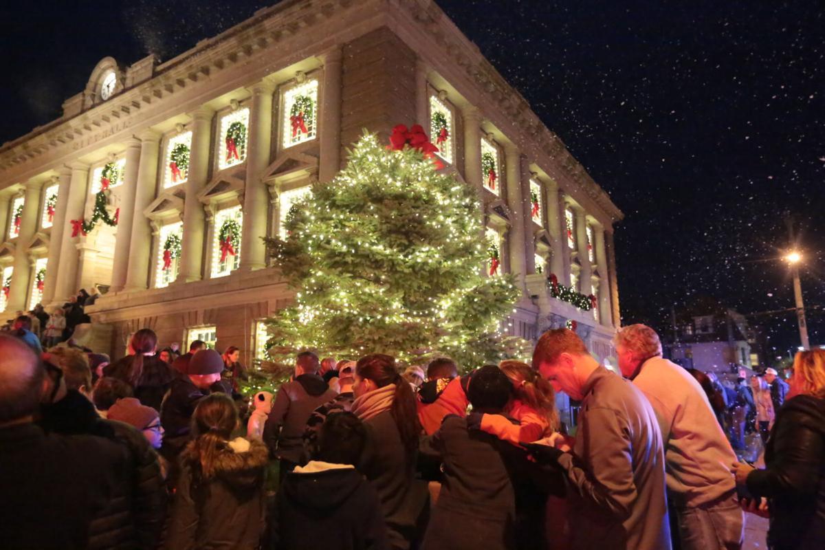 Christmas Tree in Ocean City   News Galleries   pressofatlanticcity.com