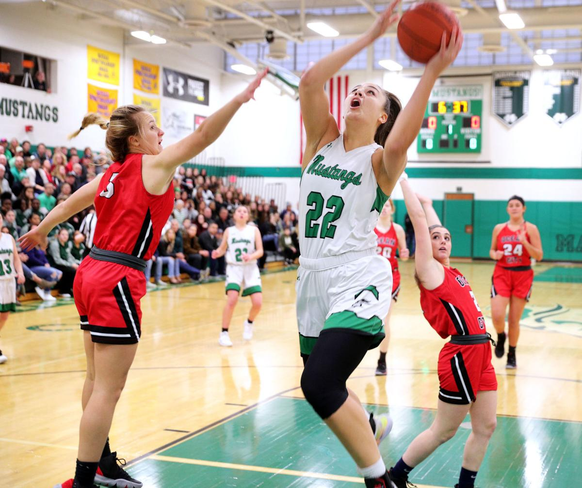 Mainland vs OCean City girls basketball game
