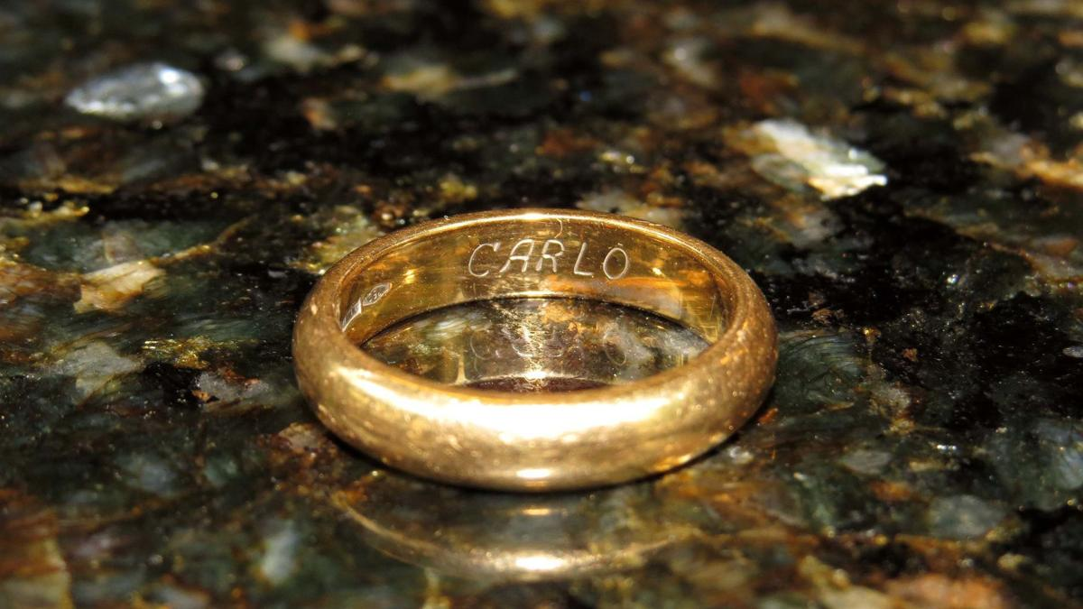 Margate Couple Sees Long Lost Wedding Ring A A Symbol Of Something