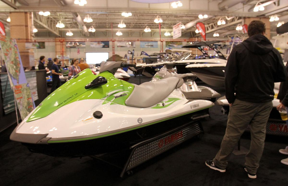 f04 boat show