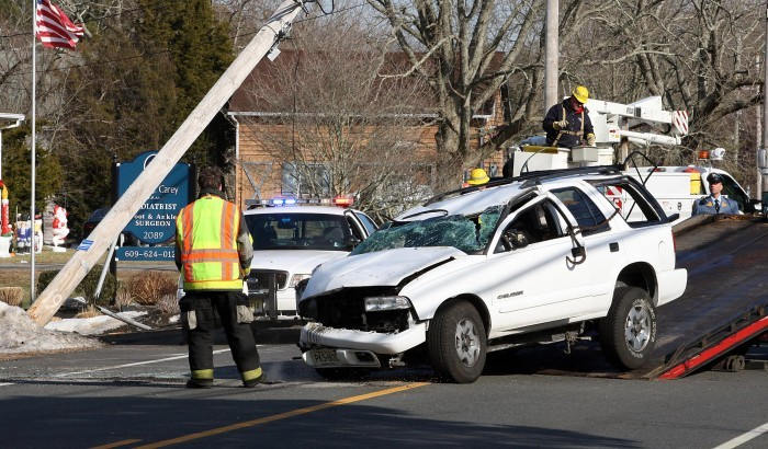 Absecon man injured in Dennis Township roll-over | Local