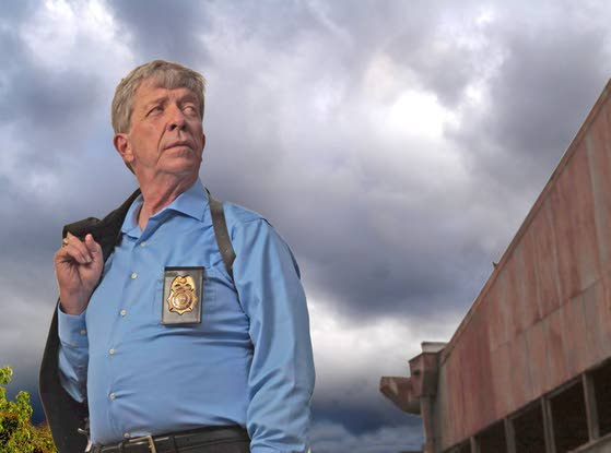 'Homicide Hunter' star Kenda  speaks softly but carries big stick