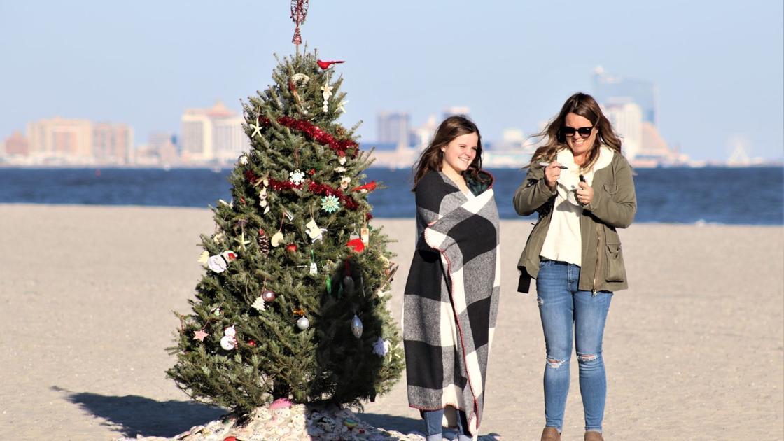 GALLERY: Christmas on the beach in Ocean City