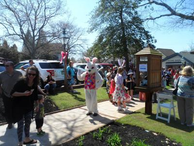 Historic Smithville Easter Parade