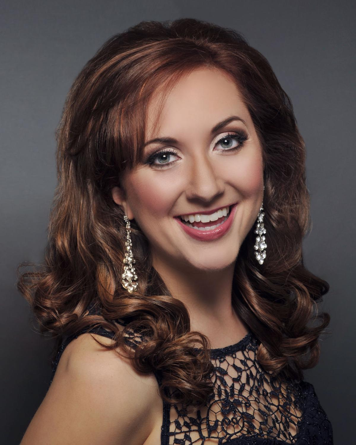 Miss Alaska 2017: Angelina Klapperich