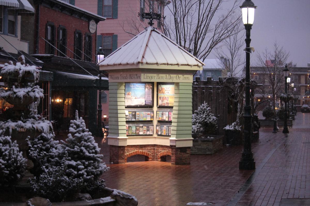 Washington Street Mall at Christmastime