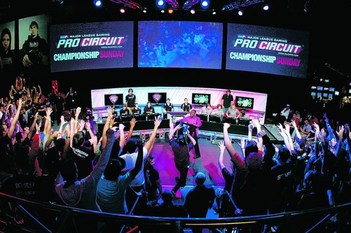 Earn Money While Playing Your Favorite Games With 5 Online Gaming Tournament  Platforms In India