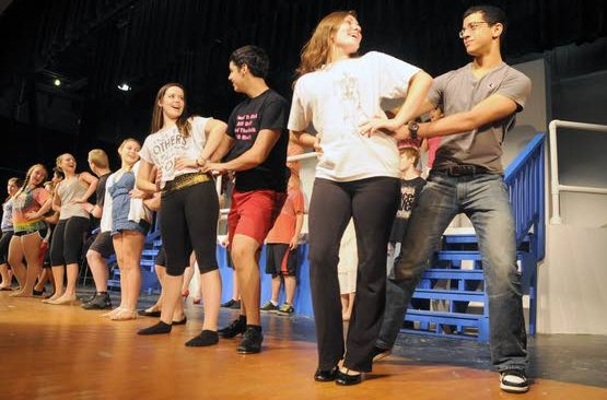 'Anything Goes' when Greater Egg Harbor district schools combine drama talents